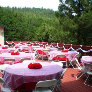 Dining-Deck-Wedding-Decor